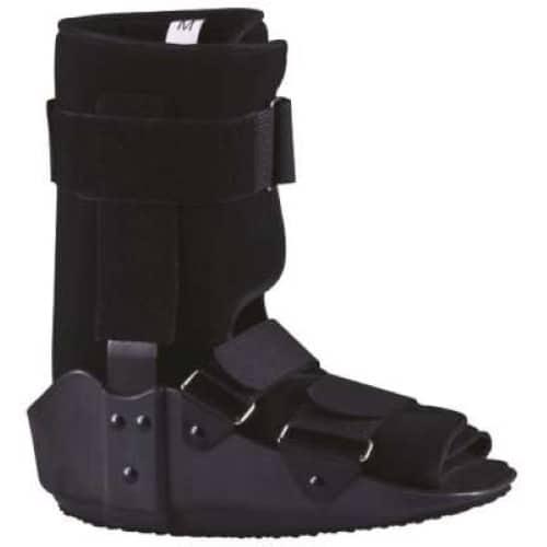 Νάρθηκας Ποδοκνημικής Super Walker Low 28cm AC-1032 τύπου μπότα, κατασκευασμένος από ελαφρύ, άκαμπτο πλαστικό υψηλής ποιότητας και αντοχής.