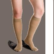 Οι Varisan Soft 10 – 15 mmHg Κάτω Γόνατος 2062 ενδείκνυνται για γυναίκες που αντιμετωπίζουν ελαφριές κυκλοφορικές διαταραχές.